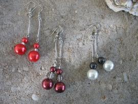 Oorbellen  zwart/wit, bordeaux en rood