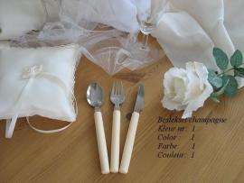 besteksetje  voor bijv bruidstaart/feestje  no 1 in de kleur ivoor - champagne