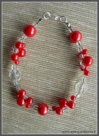 Kla-rd-2 Rode glasparels - driedraads gevlochten