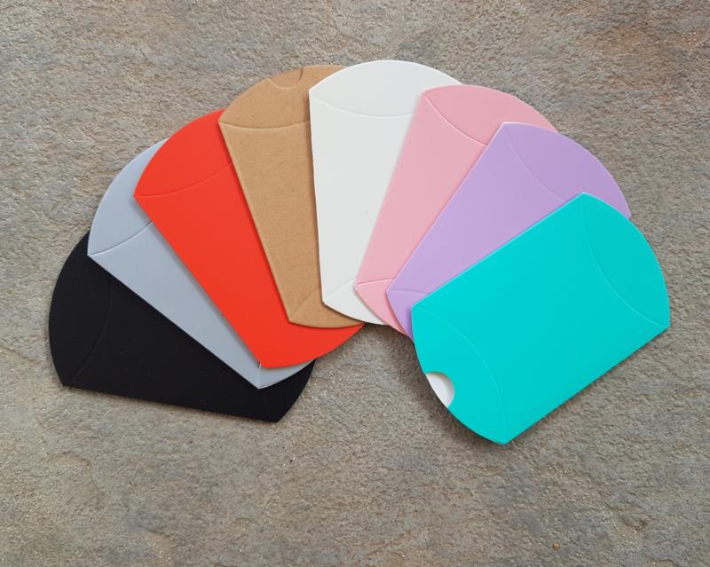 Cadeau doosje voor oorbellen in meerdere kleuren