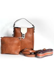 Bruine schoudertasje van het merk giuliano