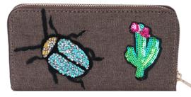 Bruine denim portemonnee met patches