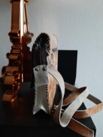 Wit bruine koeientas van het merk brakelenzo