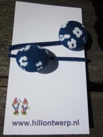 Haarelastiekje blauw met wit bloemetje