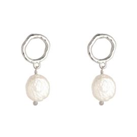 Shiny pearl oorbellen zilver