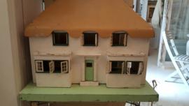 Oud poppenhuis
