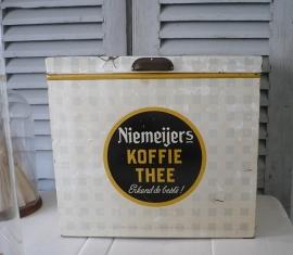 Winkel blik Niemeijer's koffie thee VERKOCHT