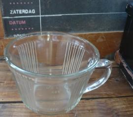 Oud glazen litermaatje
