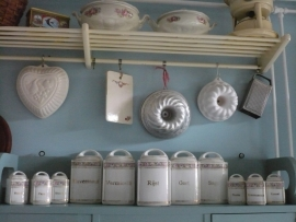 Nederlandse porselein keukenset VERKOCHT