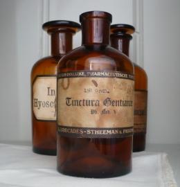 "Apothekers fles ""Brocades-Stheeman & pharmacia"" VERKOCHT"