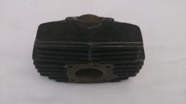 CILINDER P1 ORI HONDA ( NIEUW ) ( ZONDER PLASTIEK ETC )