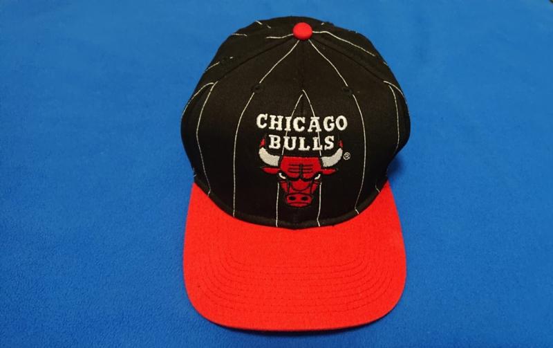 VINTAGE 90S STARTER PINSTRIPE PET ( NIEUW ) CHICAGO BULLS