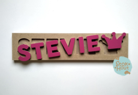 Naampuzzel 6-8 letters. Bijv. 'Stevie'