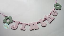 Naamslinger 6-8 letters + 2 figuren. Bijv. 'jinthe'