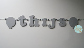 Naamslinger 1-5 letters + 2 figuren. Bijv. 'thijs'