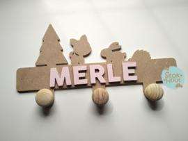 Naamkapstok - Type #2 (Hertje)  - 0-5 letters. Bijv. 'merle'