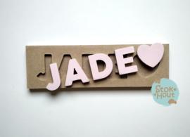 Naampuzzel 0-5 letters. Bijv. 'Jade'