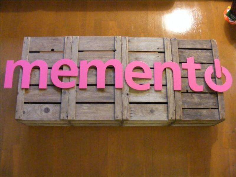 Logo `memento`