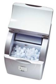IJsblokjesmachine klein 15  kg / 24 uur