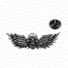 P104 - Pin - Flying Skull - Wings