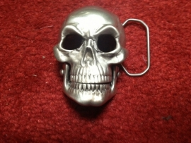 B153 - Belt Buckle - 3D skull - moving Jaw