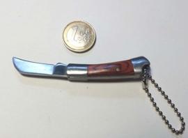 Metal Keychain - KNIFE with Scythe-Look Blade
