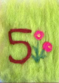 Het Wol Feetje - Ansichtkaart Cijfer 5 bloemen