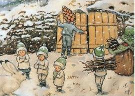 Elsa Beskow Ansichtkaart Kabouterkinderen in de winter
