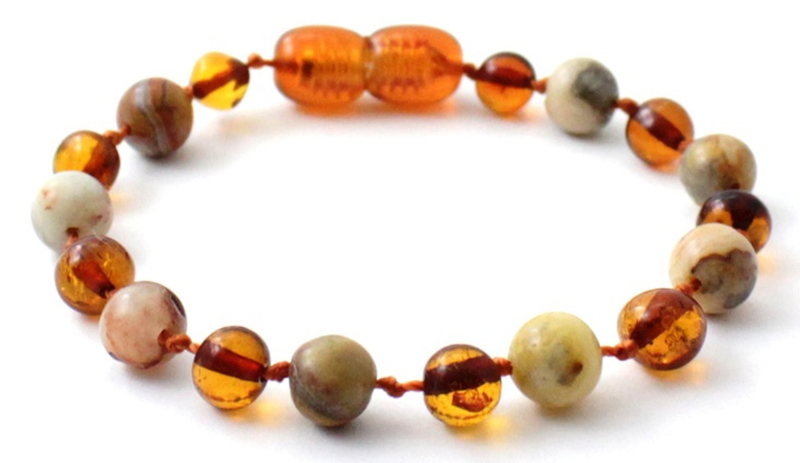 Barnsteen armbandje kind cognac met crazy agaat