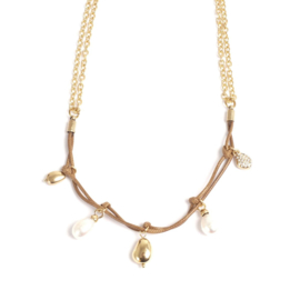 A & C Collier Casual Pearls