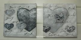 Set van 2 schilderijen met harten