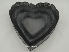 Hartvormige schaal met bloemenrand, klein