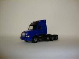 Lion Toys Volvo NH Globetrotter 8x4 Trekker