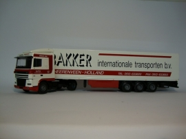 Lion Toys DAF XF 95 SC met Koeloplegger Bakker Transport
