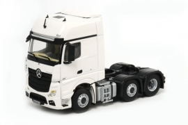 WSI MERCEDES-BENZ Giga Space 6x2