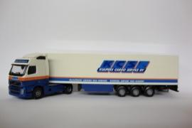 Lion Toys VOLVO FH Globetrotter met Koeloplegger Kuypers Cargo Servise