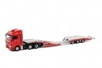 WSI MAN TGX 6x2 met Vrachtauto Transporter