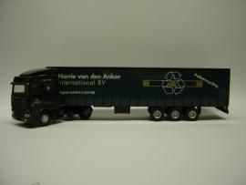 Lion Toys DAF 95 XF SC met Kastenoplegger Harrie van den Anker Transport