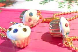 HK-0215 Ketting Cupcake Goud/wit Strass