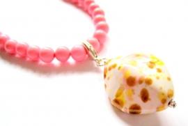 HK-0230 Ketting Pink met Keramiekhangertje