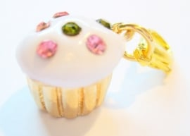 CE-0208 Charm Cupcake Goud/wit Strass