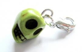 CE-0072X  Skull Charm Green