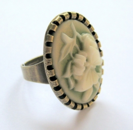 R-0123 Ring Vintage Style