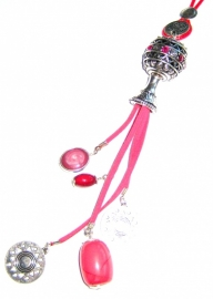 HL-0025  Ketting Pink