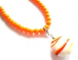 HK-0236 Ketting Oranje met Glashanger