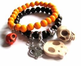A-0430 Armbandjes met charms