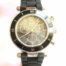 AH-0133 Horloge Zwart
