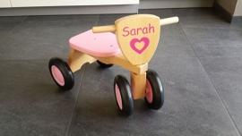 Houten Loopfietsje met naam Sarah