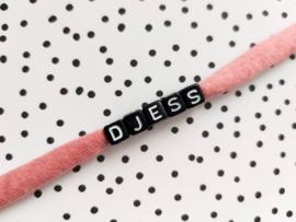 Armbandje met naam Oud Roze