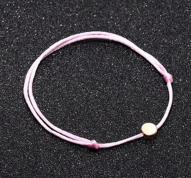 Satijnen armband met ronde detail
